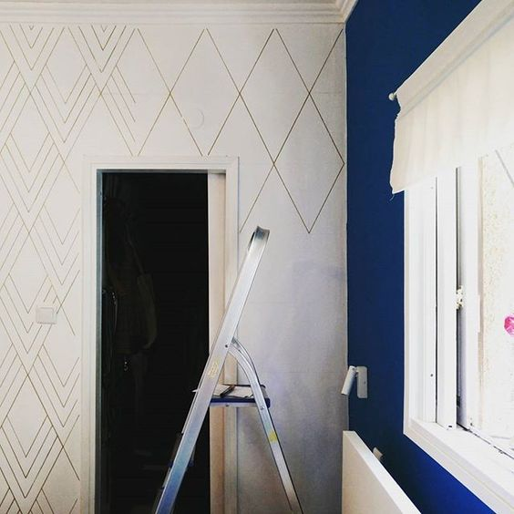 DIY wallpaper sharpie marker wall