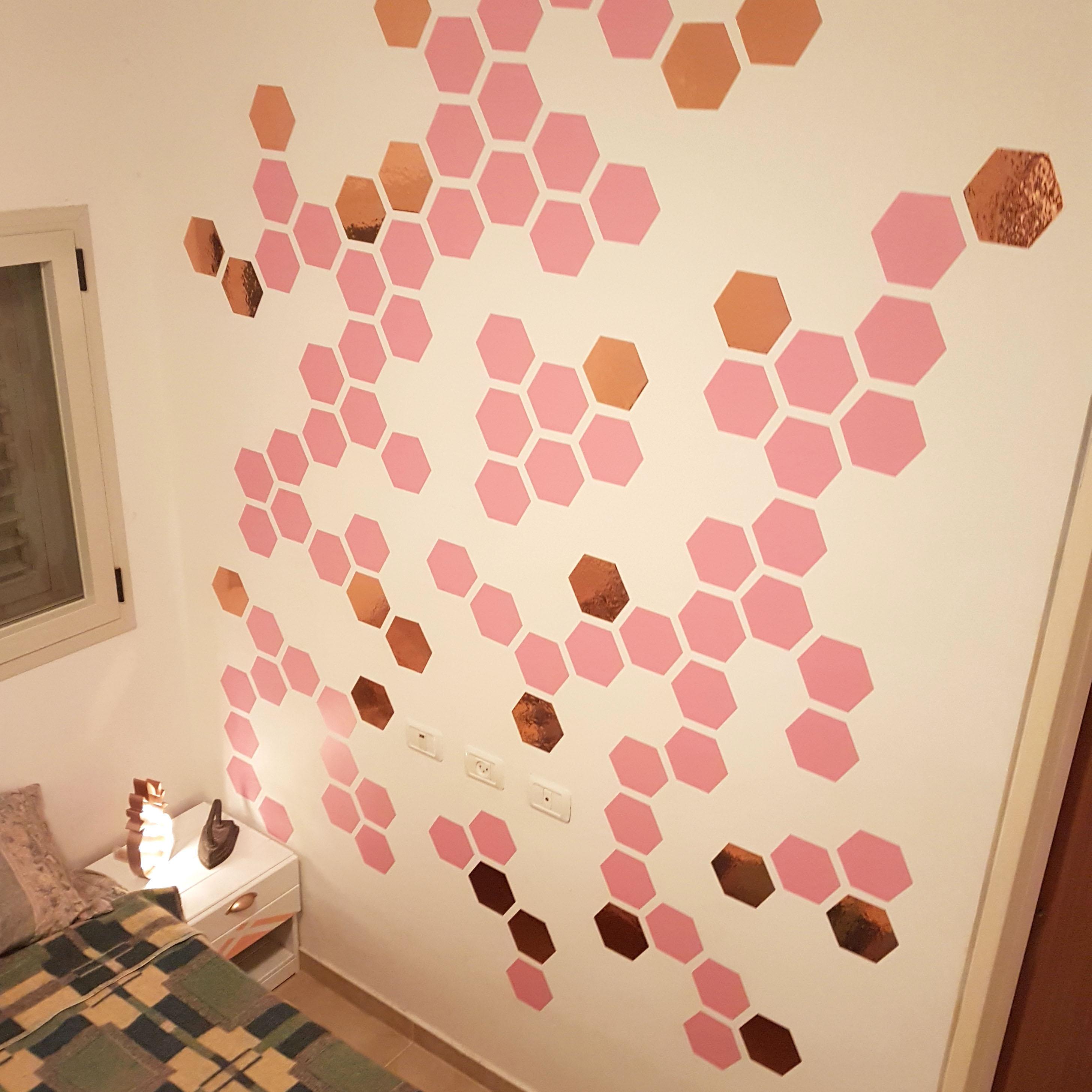 DIY wall stickers from vinyl wallpaper
