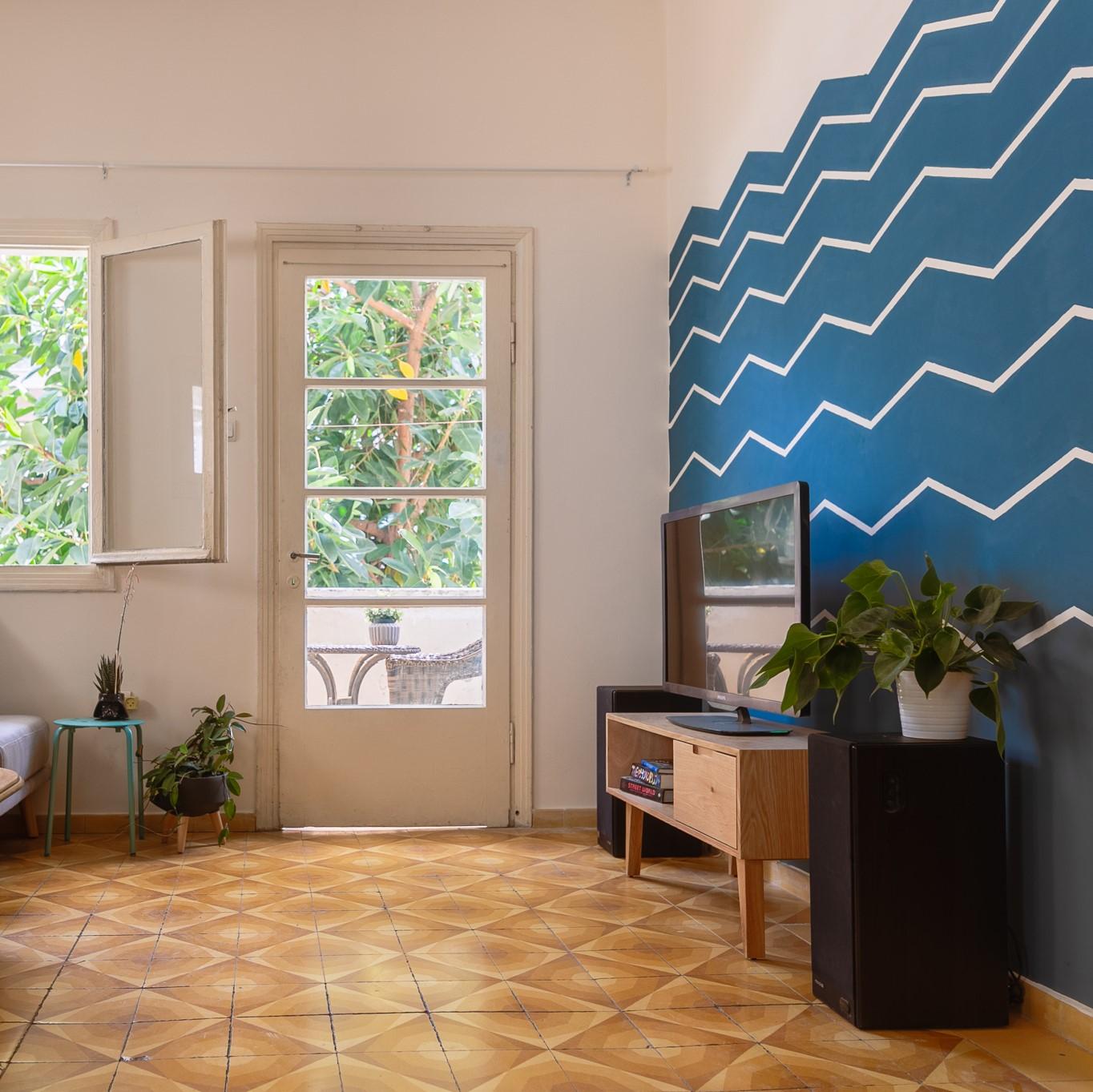 Blue chevron wall DIY